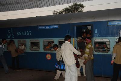 268 - At the Jhansi train station