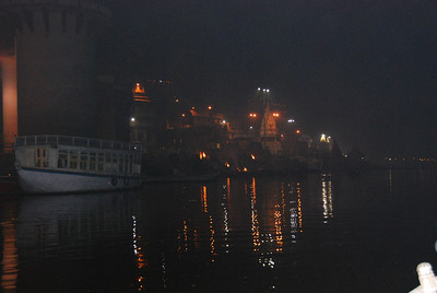 047 - Varanasi, Manikarnika Ghat, with the fires