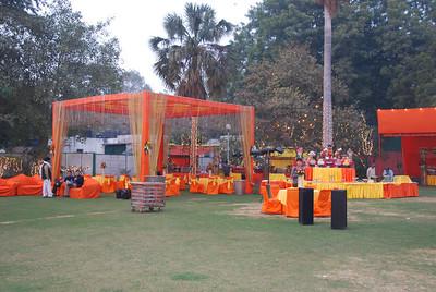 008 - Delhi, preparations for a wedding