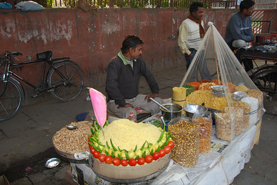 594 - On Delhi streets