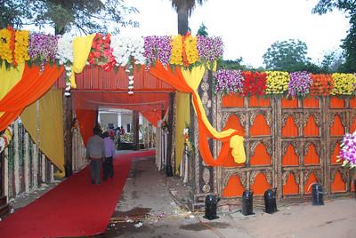 007 - Delhi, preparations for a wedding