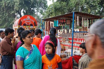 020 - Varanasi, street sights