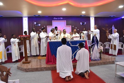 Eucharist with the  Christu Dehon Nivas community
