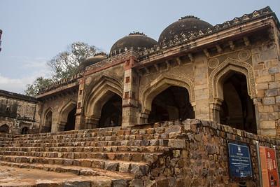 Bada Gumbad in New Dehli