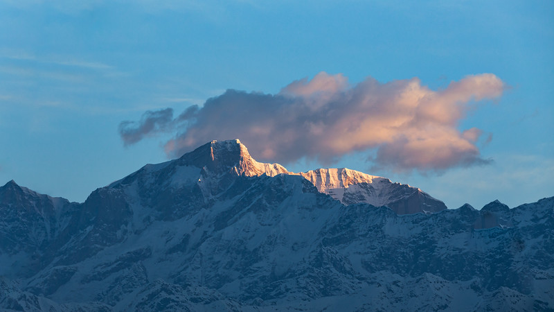 Sunrise on Kedarnath-HI
