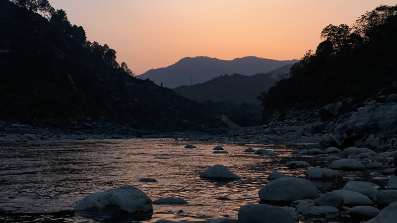 Sunset on the Ganga_HI
