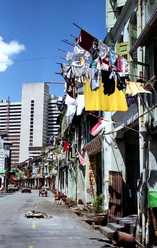 001 Singapore