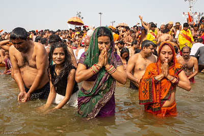 This water in the Ganges River is COLD !