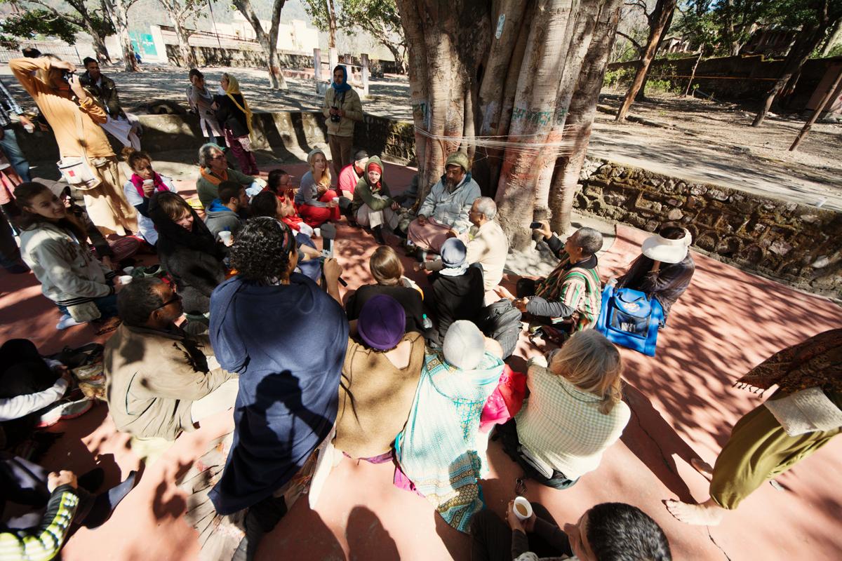 Mooji Satsang under Tree