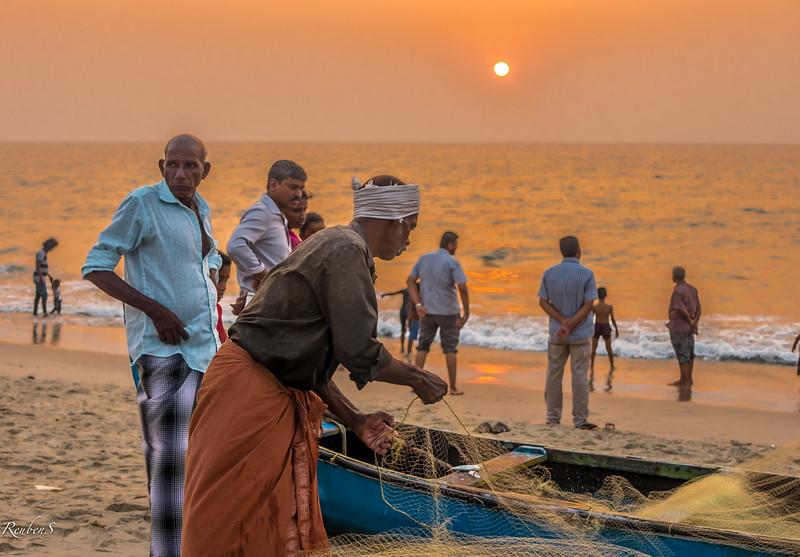 Fisherman on Andhakaranazhi beach