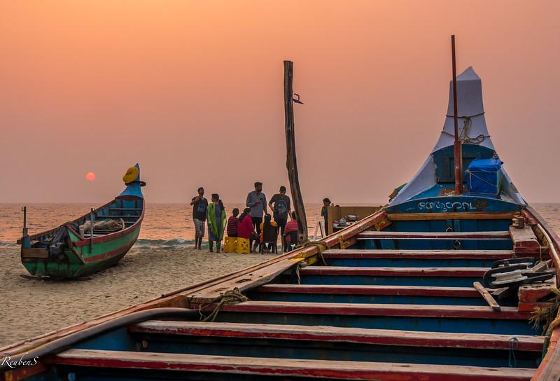 Sunset at Andhakaranazhi beach, Kerela
