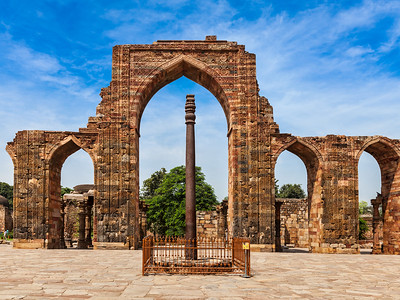 Iron pillar in Qutub complex