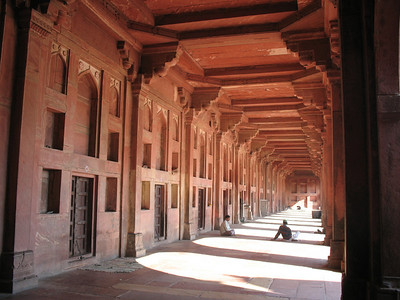 Hall in Fatehpur Sikri