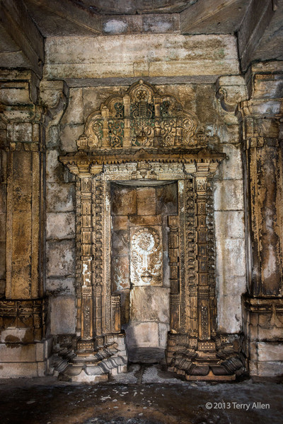 One of the five mihrabs inside the Sahar Ki Masjid mosque, Champaner, Gujurat<br /> <br /> A mihrab is a niche in the wall of a mosque that indicated the direction of Mecca, so worshipers can face in the correct direction during prayers.