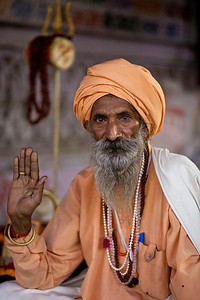 A sadhu gives his blessing in Pushkar