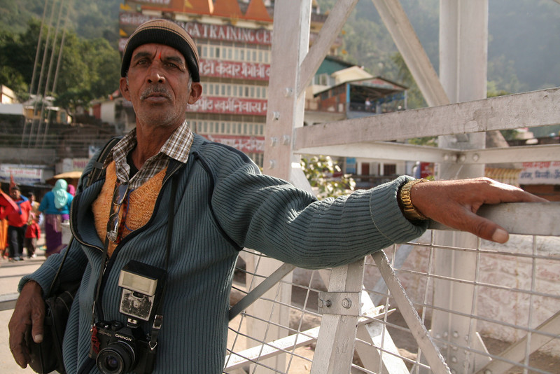A fellow photographer in Locsmonjewla, India.