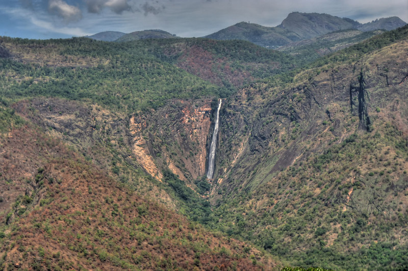 On the way to Kodaikanal, a summer resort (view of the water fall)