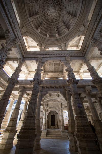 Ranakpur Jain Derasar (Temple).