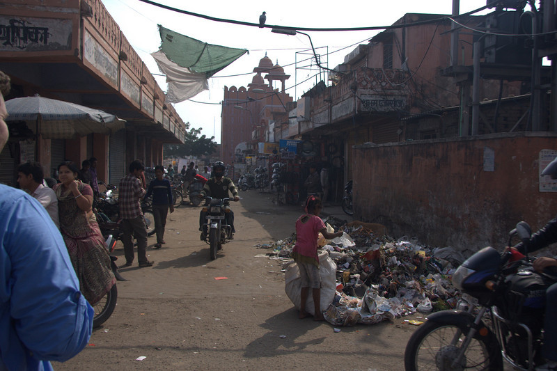 shops along the walls of  the Pink CityJaipur