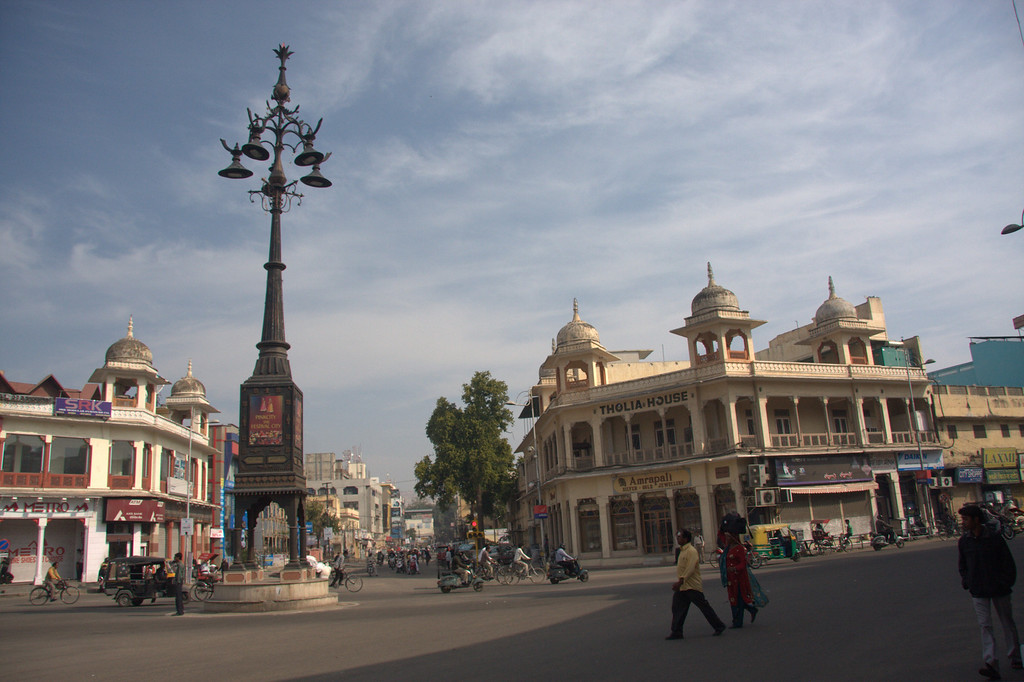 A square, just before reaching the walls of the Pink City.Jaipur