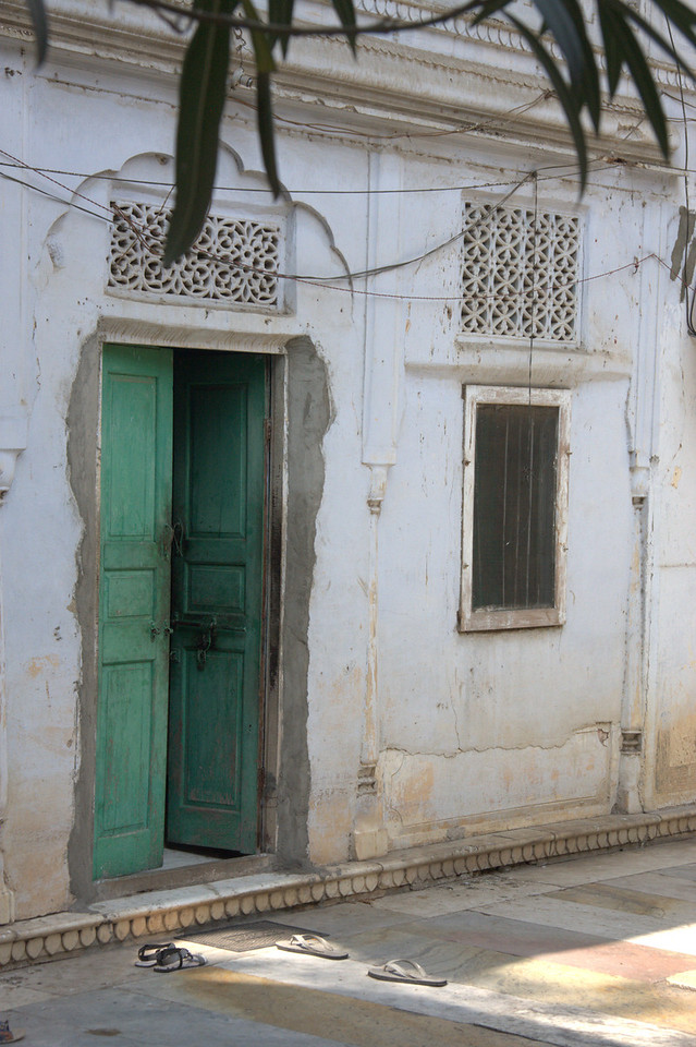 Jaipur's doors