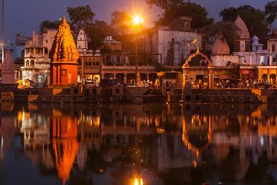 Ghats of holy Kshipra river in Ujjain, Madhya Pradesh, India in the evening
