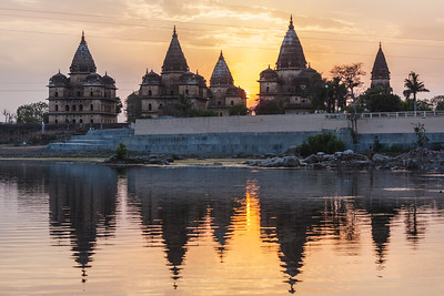 View of Royal cenotaphs of Orchha over Betwa river. Orchha, Madhya Pradesh, India