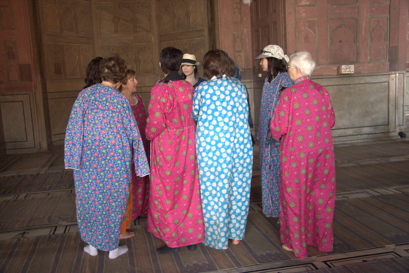if women visitors are not dressed appropriately you get to wear these, Jama Masjid Mosque, New Delhi
