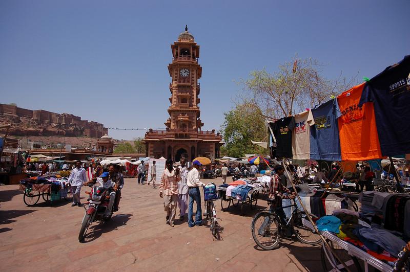 The centre of tourist Jodhpur, the clocktower.