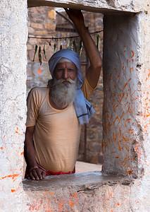 Kalash, Priest at the Hanuman Temple