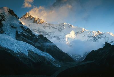 Kangchenjunga range at sunrise from Samiti view point
