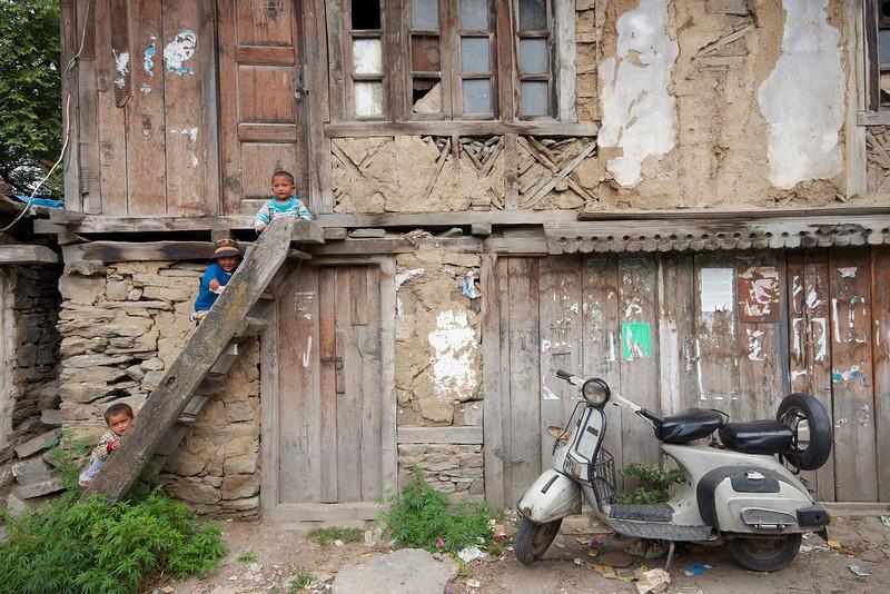 Children rule the streets of Kalpa