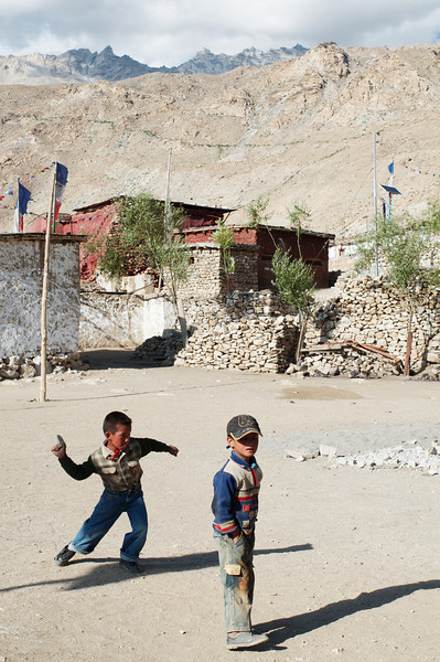 Nako children playing