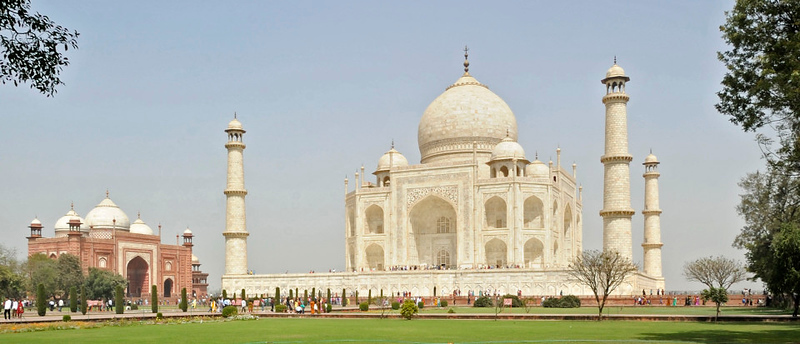 Taj Mahal, Agra, Sun 25 March 2012 7: View from the south east.