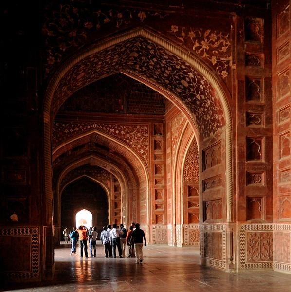 Taj Mahal assembly building, Agra, Sun 25 March 2012 2.