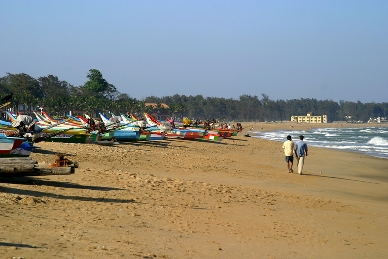 The beach by the shore temple in Mamallapuram