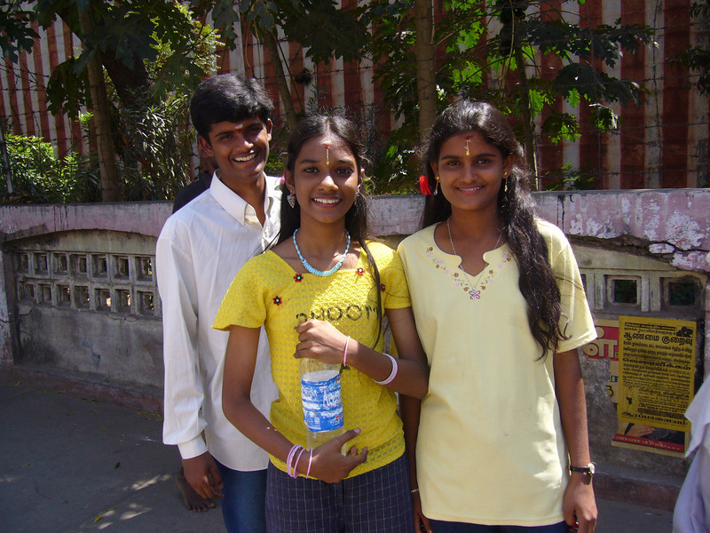 brother, niece and sister Maudrai, Tamil Nadu, India Meenakshi Temple