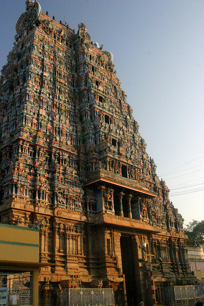 An entrance to Meenakshi Temple. The Temple is dedicated to Lord Shiva and Meenakashi Maudrai, Tamil Nadu, India Meenakshi Temple
