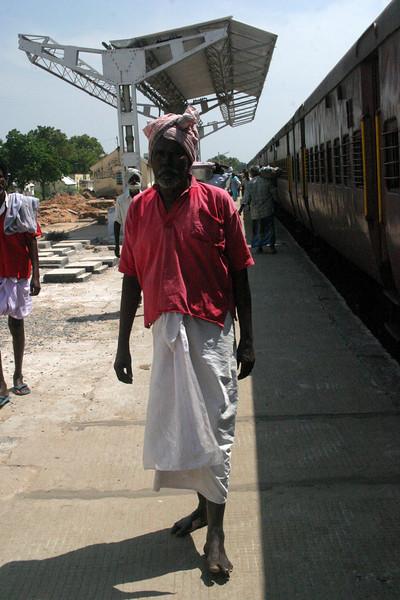 stop on Train to Rameswaram Train from Manamadurai Junction  to Rameswaram, Tamil Nadu, India