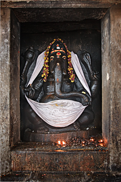 Ganesh statue in Hindu temple. Brihadishwarar Temple, Thanjavur, Tamil Nadu, India