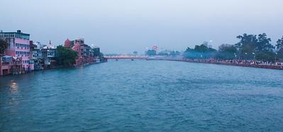 Dusk falling on the Ganges