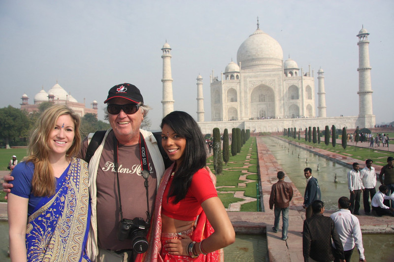 Vanessa and Jeri with John, Taj mahal