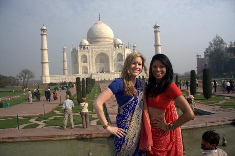 Vanessa & Jeri Agra, India, Taj Mahal, Uttar Pradesh
