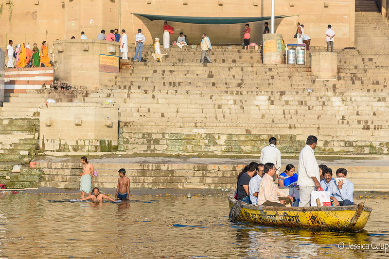 Smells and Life on the Ganges