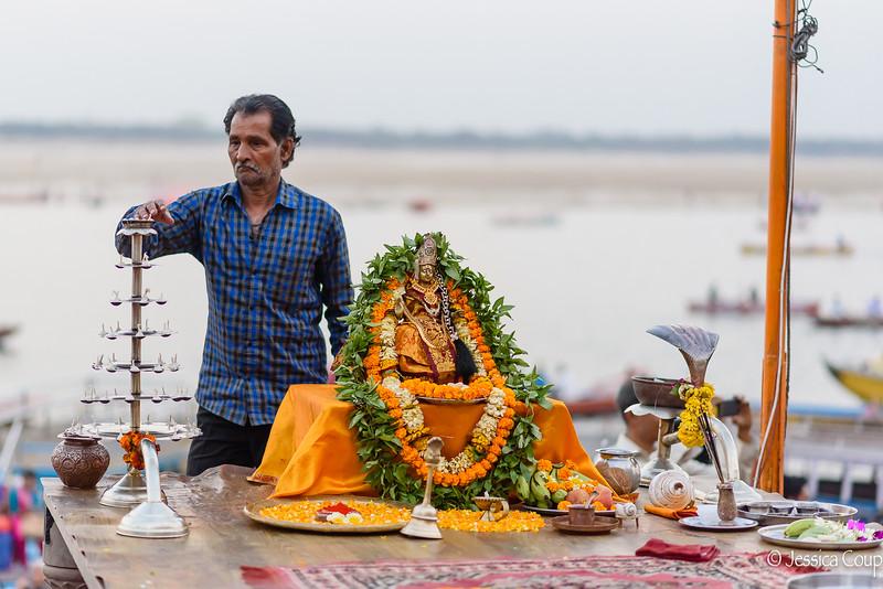 Preparing for the Ganga Aarti