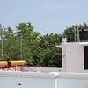 """Die ersten Anlagen stehen. Es fehlen nur noch die """"Collector Tubes"""", die erst installiert werden können, wenn Wasser im Tank ist."""