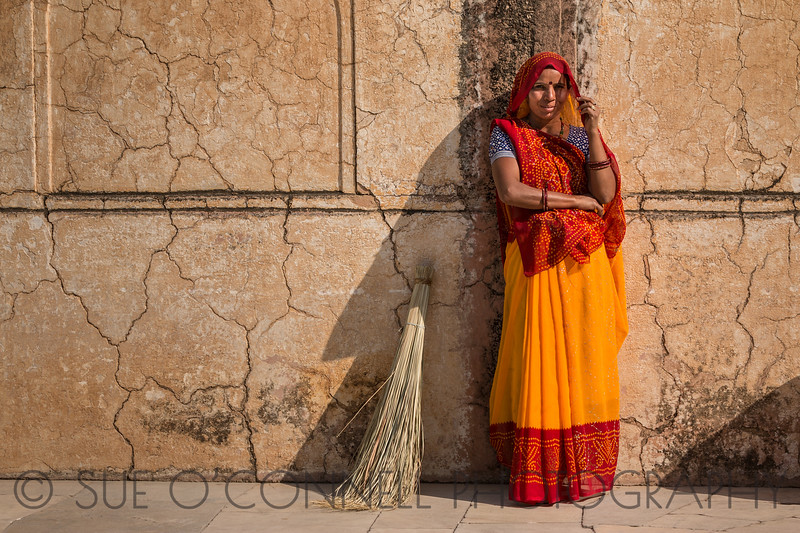 Sweeper, Agra