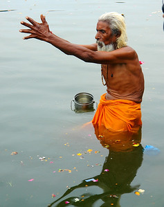 Bathing in The Ganga