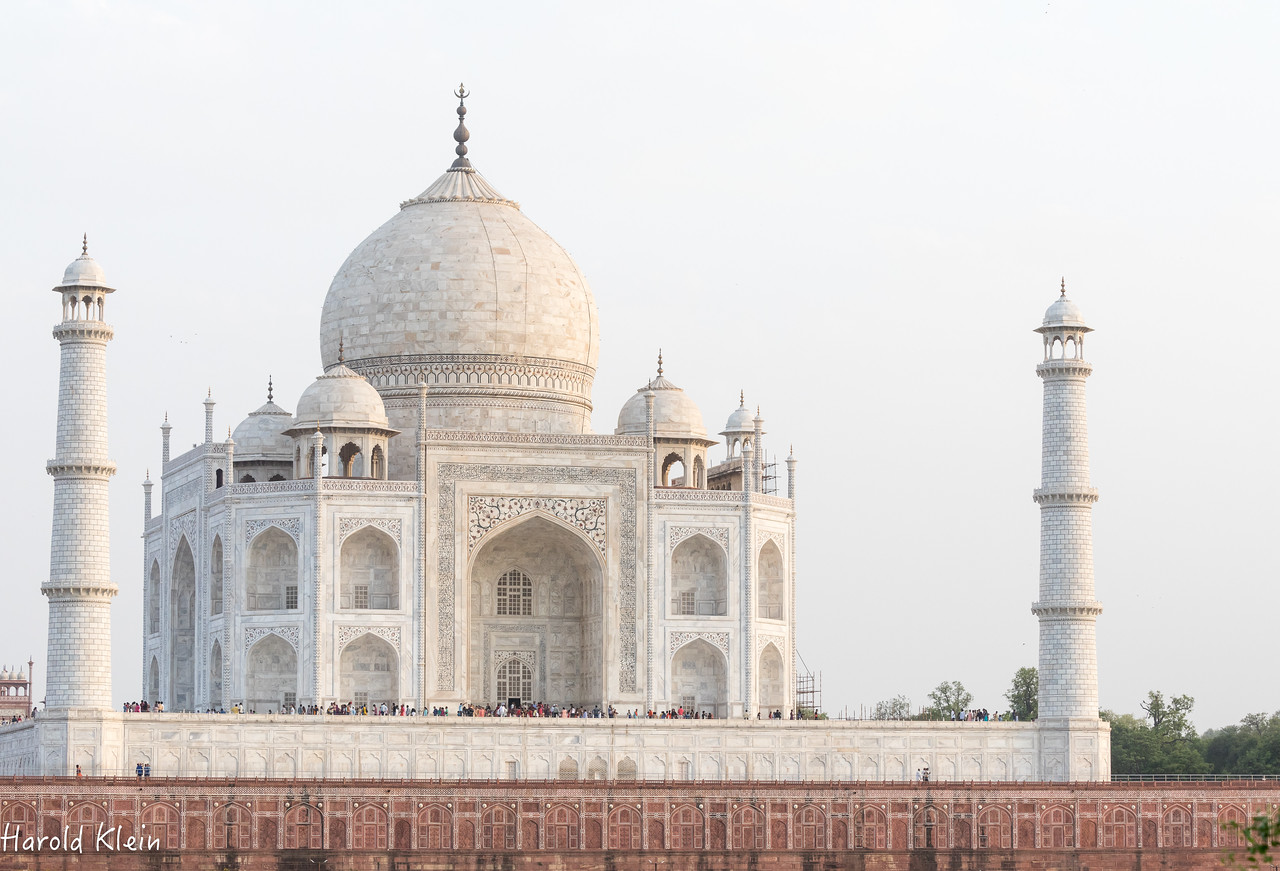Evening view of the Taj Mahal from across the river...