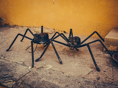 Mechanical Spiders